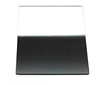 This is the reverse graduated ND filter.  Note how the middle of the filter is the darkest,and it becomes lighter as you approach the edge.
